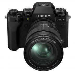 Fujifilm X-T4 zwart met 16-80mm F4