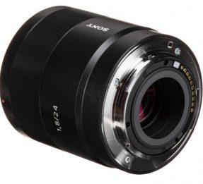 Sony E 24mm F2.8 Zeiss