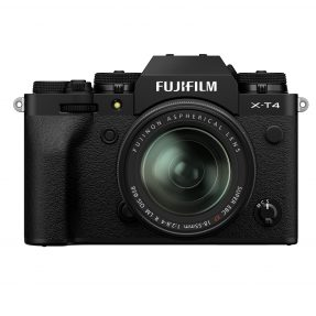 Fujifilm X-T4 zwart met XF 18-55mm